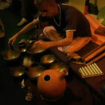 ImprovisaSOM DA LUZ - JAM Session de Contato Improvisacao