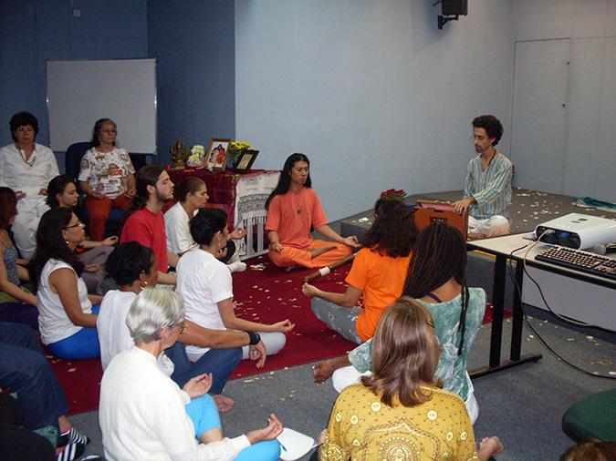Oficina de Nada Yoga com Ramam
